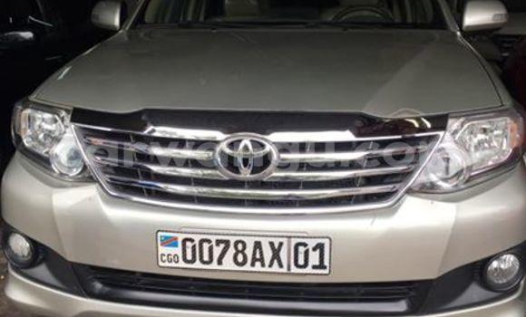 Acheter Voiture Toyota Fortuner Gris en Bandalungwa