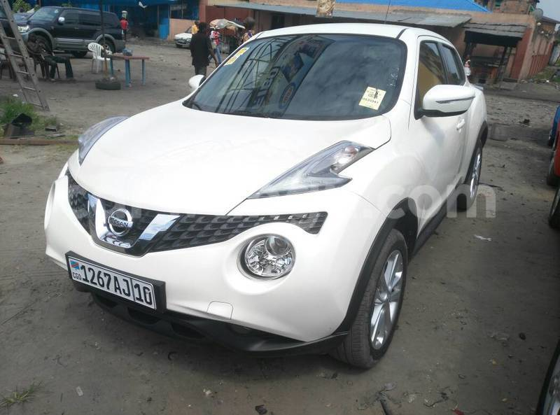 acheter voiture nissan juke blanc kasa vubu en kinshasa carwangu. Black Bedroom Furniture Sets. Home Design Ideas