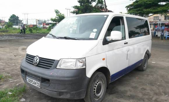 Acheter Voiture Volkswagen Transporter Blanc à Limete en Kinshasa