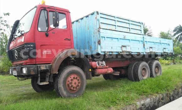 Acheter Utilitaire Mercedes Benz 2628 Rouge à Limete en Kinshasa