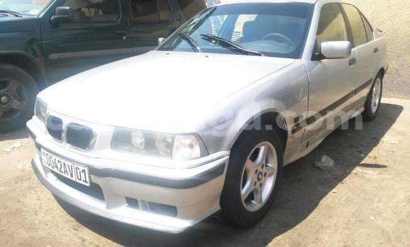 Acheter Voiture BMW 3-Series Gris à Bandalungwa en Kinshasa