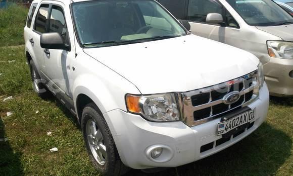 Acheter Voiture Ford Escape Blanc à Limete en Kinshasa