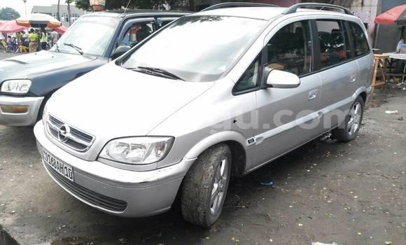 Acheter Voiture Opel Zafira Gris en Ndjili