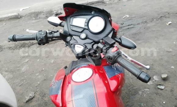 Acheter Moto MBK Active XC 125 Rouge en Kinshasa