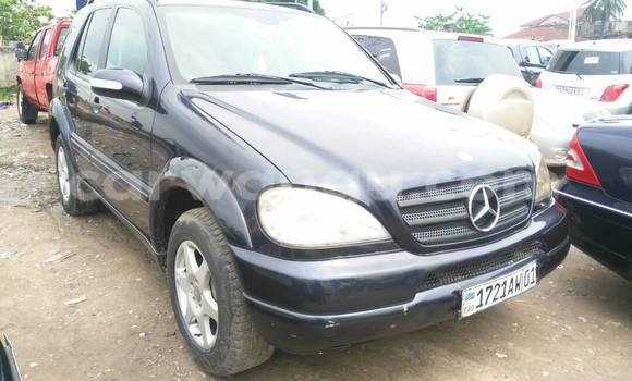 Acheter Voiture Mercedes Benz ML-Class Bleu en Kalamu