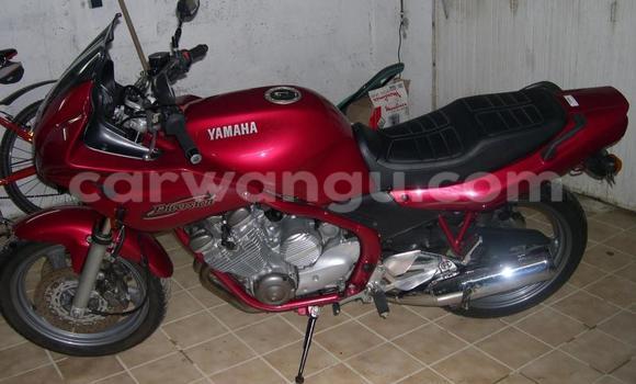 Acheter Moto Yamaha XJ6 Rouge à Kalamu en Kinshasa