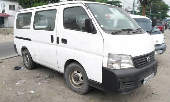 Acheter Voiture Nissan Caravan Blanc en Bandalungwa