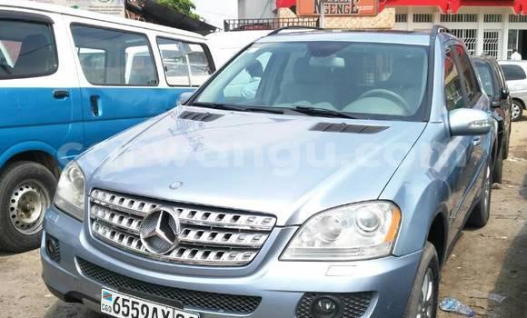 Acheter Voiture Mercedes Benz ML-Class Bleu en Bandalungwa