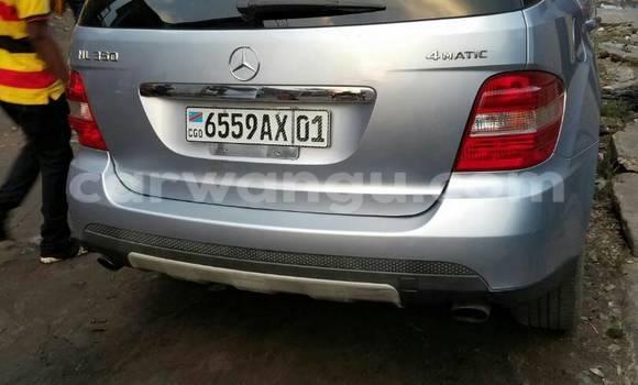 Acheter Voiture Mercedes Benz ML-Class Bleu en Gombe