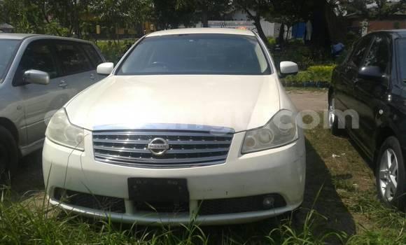 Acheter Voiture Nissan Fuga Blanc en Limete