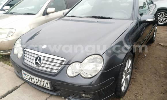 Acheter Voiture Mercedes Benz C-Class Gris en Kalamu