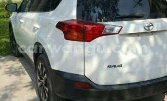 Acheter Voiture Toyota RAV4 Blanc en Bandalungwa