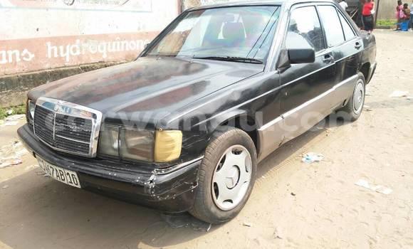 Acheter Voiture Mercedes Benz 190 E Noir en Gombe