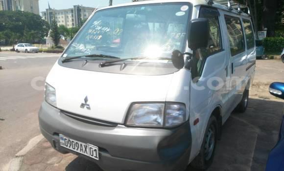 Acheter Voiture Mitsubishi Delica Blanc en Gombe