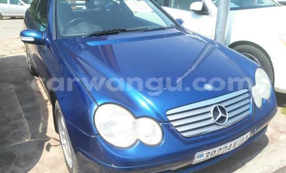 Acheter Voiture Mercedes Benz C-Class Bleu en Gombe