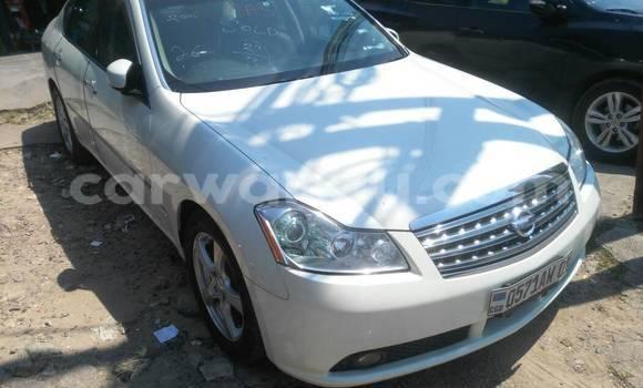 Acheter Voiture Nissan Fuga Blanc en Gombe