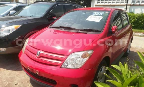 Acheter Voiture Toyota IST Rouge en Gombe