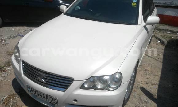 Acheter Voiture Toyota Mark X Blanc en Gombe