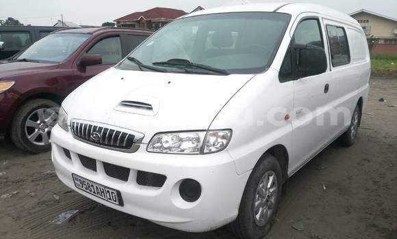 Acheter Voiture Hyundai H1 Blanc à Limete en Kinshasa