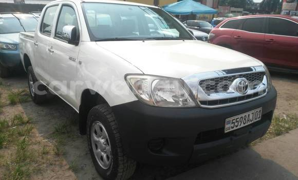 Acheter Voiture Toyota Hilux Blanc à Kasa Vubu en Kinshasa