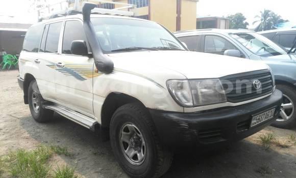 Acheter Voiture Toyota Land Cruiser Blanc à Kasa Vubu en Kinshasa