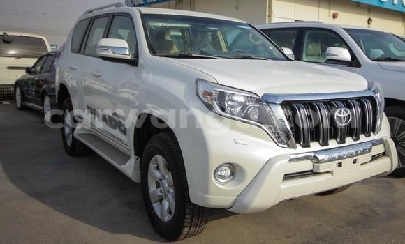 Acheter Voiture Toyota Prado Blanc à Bandalungwa en Kinshasa