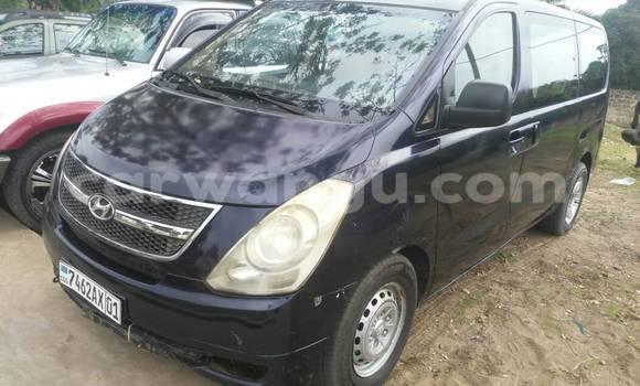 Acheter Voiture Hyundai H1 Bleu à Ngaliema en Kinshasa