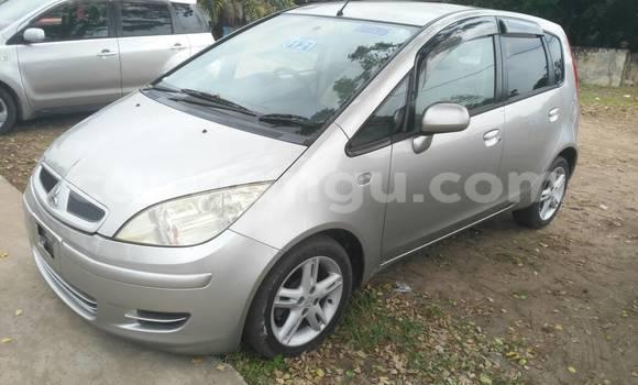 Acheter Voiture Mitsubishi Colt Gris à Ngaliema en Kinshasa