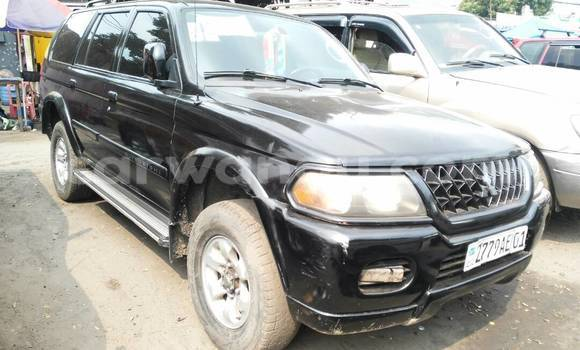 Acheter Voiture Mitsubishi Pajero Noir à Ndjili en Kinshasa