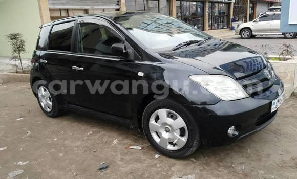 Acheter Voiture Toyota IST Noir à Kinshasa en Kinshasa
