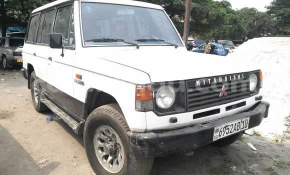 Acheter Voiture Mitsubishi Pajero Blanc à Lemba en Kinshasa
