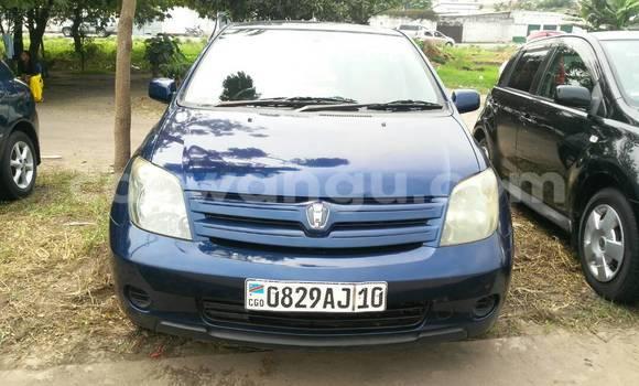 Acheter Voiture Toyota IST Bleu à Limete en Kinshasa