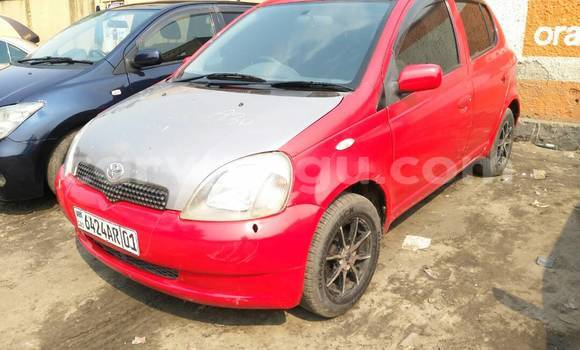 Acheter Voiture Toyota Vitz Rouge à Bandalungwa en Kinshasa