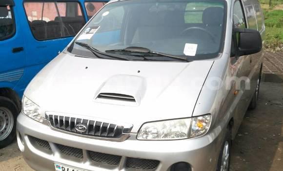 Acheter Voiture Hyundai H1 Gris à Kalamu en Kinshasa