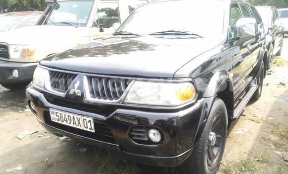 Acheter Voiture Mitsubishi Pajero Noir à Kalamu en Kinshasa