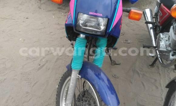 Acheter Moto Honda CBR Bleu à Kalamu en Kinshasa
