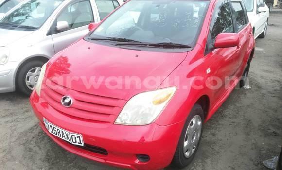 Acheter Voiture Toyota IST Rouge à Kalamu en Kinshasa