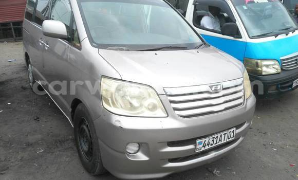 Acheter Voiture Toyota Noah Autre à Kalamu en Kinshasa