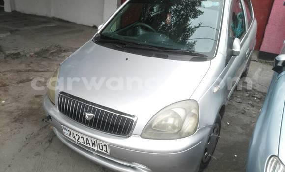 Acheter Voiture Toyota Vitz Gris à Kalamu en Kinshasa