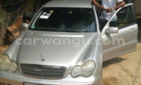 Acheter Voiture Mercedes Benz C-Class Gris à Bandalungwa en Kinshasa