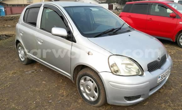 Acheter Voiture Toyota Vitz Gris à Limete en Kinshasa