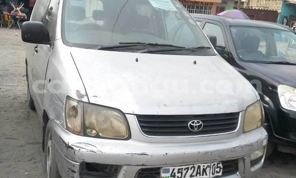 Acheter Voiture Toyota Noah Gris à Limete en Kinshasa