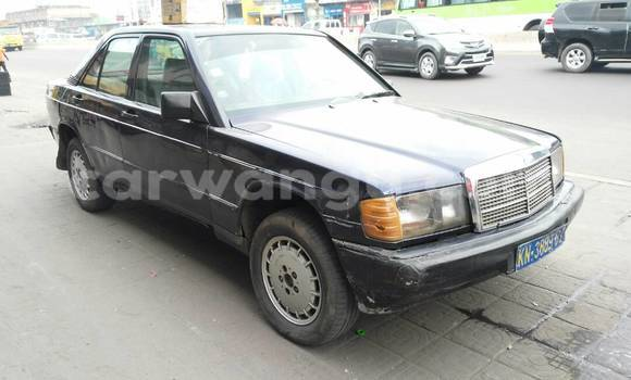 Acheter Voiture Mercedes Benz 190 E Bleu à Lemba en Kinshasa