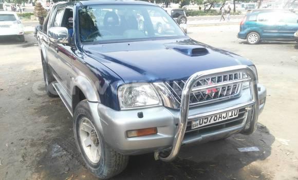 Acheter Voiture Mitsubishi L200 Bleu à Limete en Kinshasa