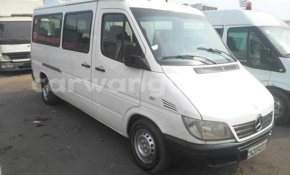 Acheter Voiture Mercedes Benz Sprinter Blanc à Kalamu en Kinshasa
