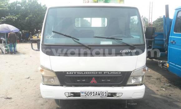 Acheter Voiture Mitsubishi Canter Fuso Blanc à Kalamu en Kinshasa