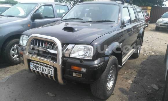 Acheter Voiture Mitsubishi L200 Noir à Kasa Vubu en Kinshasa