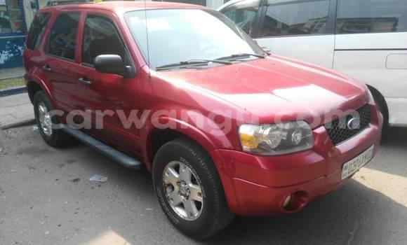 Acheter Voiture Ford Escape Rouge à Gombe en Kinshasa