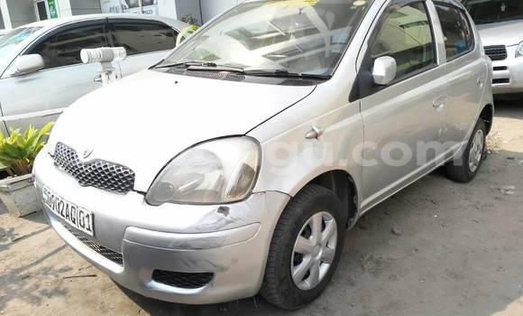 Acheter Voiture Toyota Vitz Gris à Kinshasa en Kinshasa