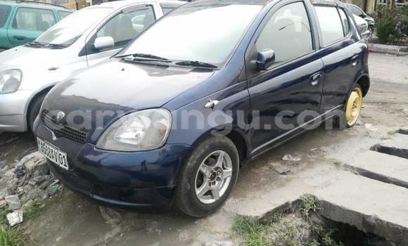Acheter Voiture Toyota Vitz Bleu à Kinshasa en Kinshasa